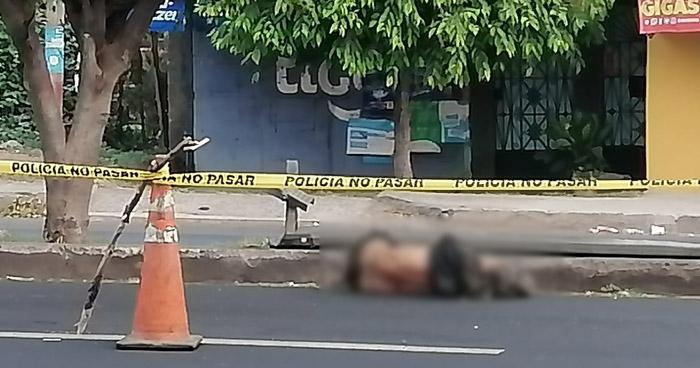 Hombre muere al ser atropellado en carretera a Quezaltepeque