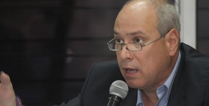 """Rodrigo Ávila: """"El FMLN siempre defendió a los pandilleros"""""""