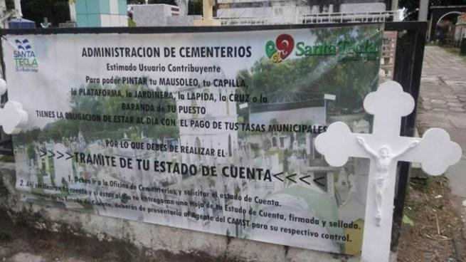 """""""Sin solvencia, no entra"""", la situación a la que se tuvieron que enfrentar personas en el Cementerio de Santa Tecla"""