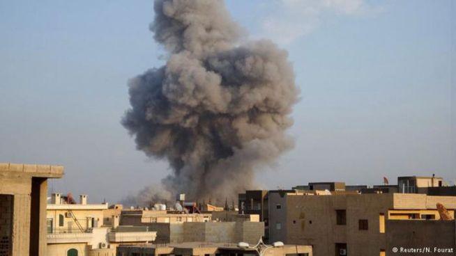 Once civiles muertos entre ellos tres menores por bombardeos y fuego de artillería en Al Raqa