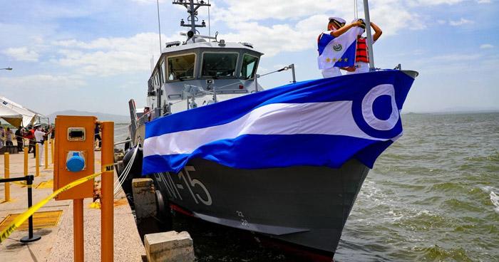 EE.UU. entrega buque patrullero a la Fuerza Armada de El Salvador