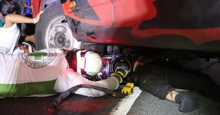 Motociclista muere tras ser arrollado en Bulevar del Ejército
