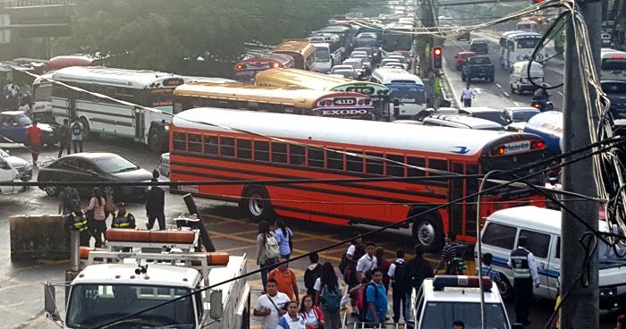 Empresarios piden ser incluidos en la restructuración del transporte público