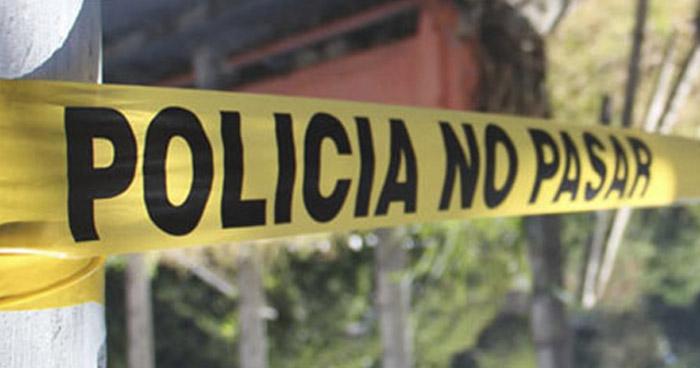 Hallan cadáver de octogenaria colgada al interior de su vivienda en San Salvador