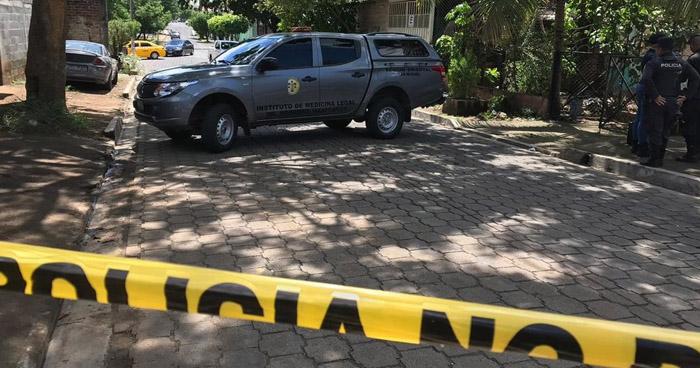 Encuentran cadáver embolsado en Barrio El Calvario de San Miguel