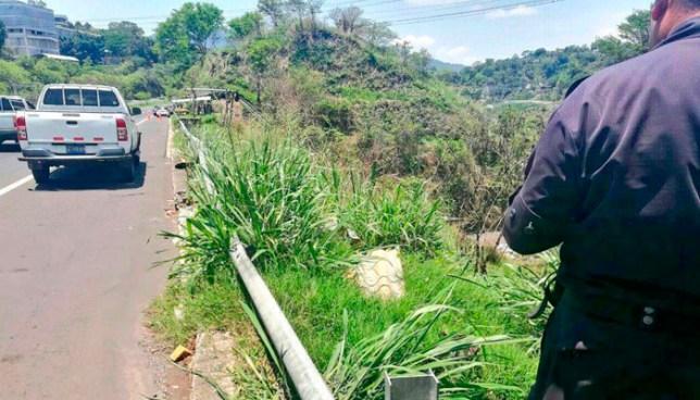 Encuentran cadáver envuelto en bolsas en un barranco sobre la carretera de Oro, Ciudad Delgado