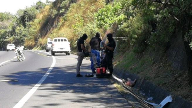 Un hombre fue encontrado envuelto en sábanas en la carretera de Oro