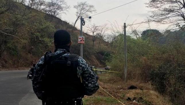 Encuentran el cadáver de un hombre sobre una carretera en El Carmen, La Unión