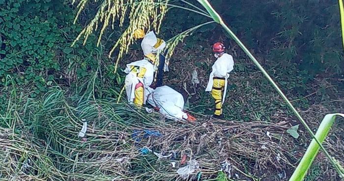 Recuperan cadáver de hombre que fue arrastrado por corriente del río Sucio, en Ciudad Arce