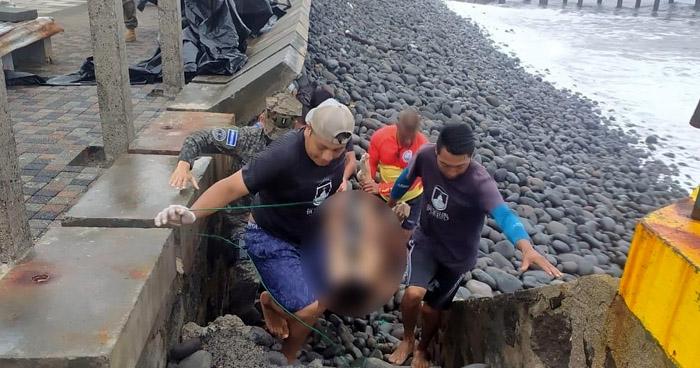 Hallan cuerpo de joven cerca del muelle en el Puerto de La Libertad