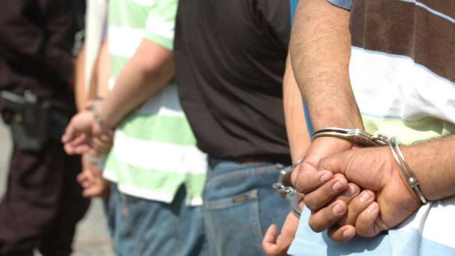 Miembro del CAM es detenido por extorsionar a comerciante