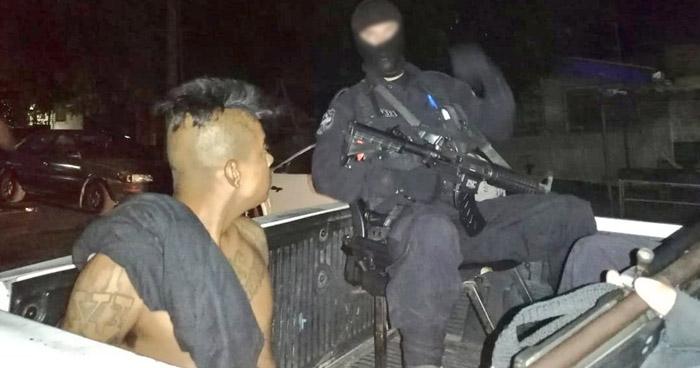 Capturan a pandilleros que delinquían en colonia La Campanera de Soyapango