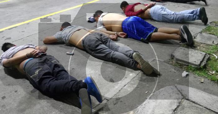 Capturan cinco sospechosos que esquivaron un control policial en San Salvador