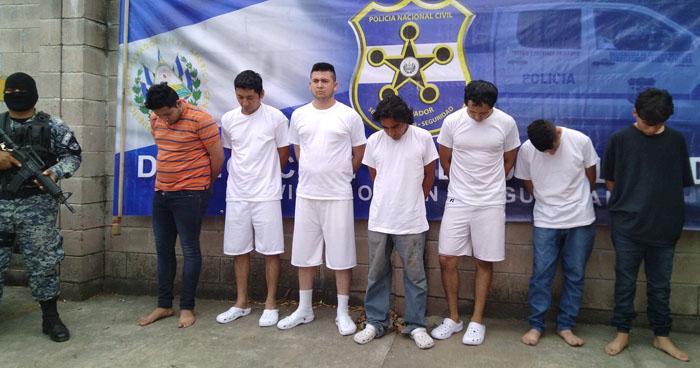Capturan en Ciudad Delgado a sujeto que intentó atropellar a su pareja con su vehículo