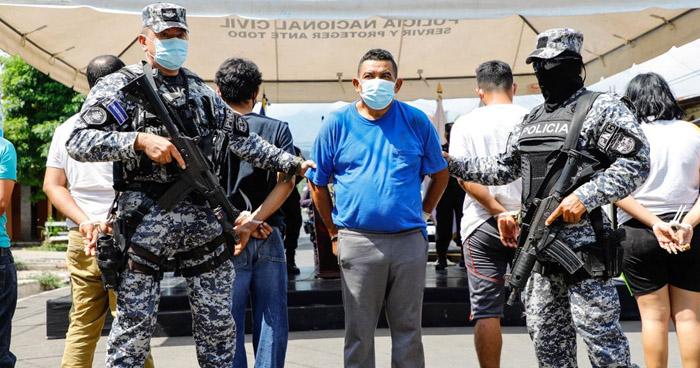 Capturan a 11 posiblemente vinculados al múltiple homicidio en Chalchuapa