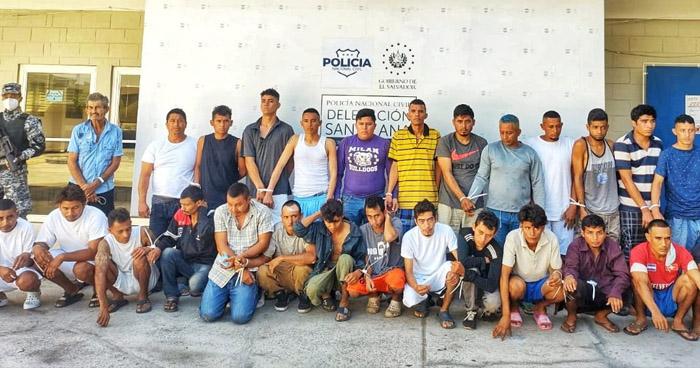 Más de 50 detenidos tras operativos en Santa Ana