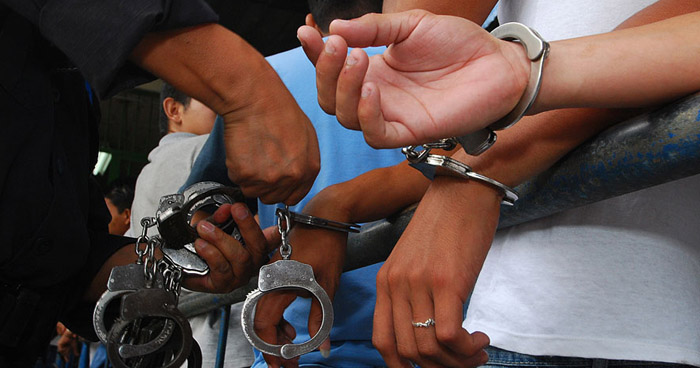 Pandilleros exigían a su víctima $1 por cada vehículo que saliera o entrara de su lugar de trabajo