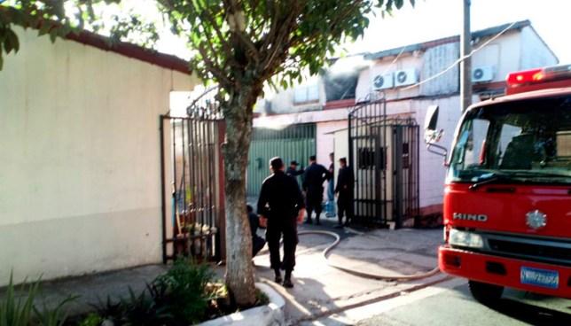 Hombre mata a su familia, provoca incendio y se suicida dentro de casa en colonia Bethania