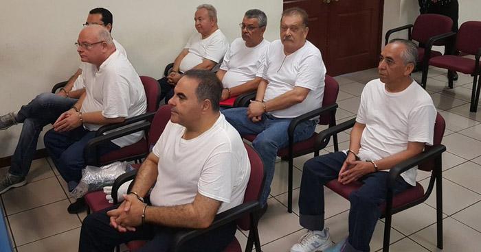 Hoy se decide si exPresidente Saca y 6 exfuncionarios mas, serán enviados a juicio