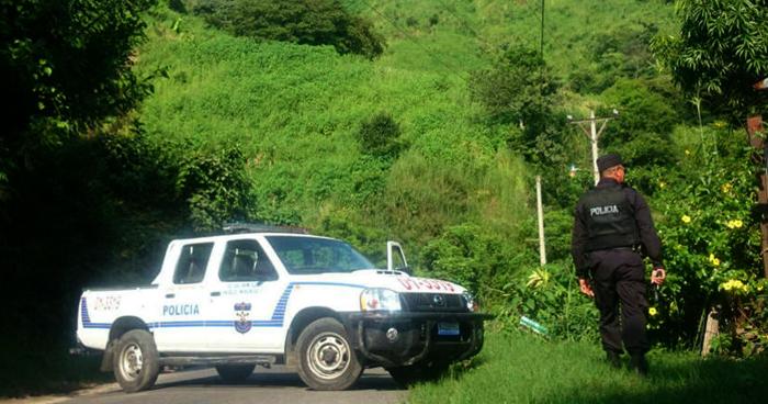 Investigan terreno donde estaría un cementerio clandestino en Ayutuxtepeque