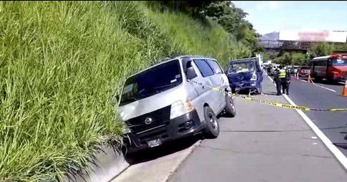Un fallecido y tres lesionados tras fuerte accidente de tránsito en carretera de Oro