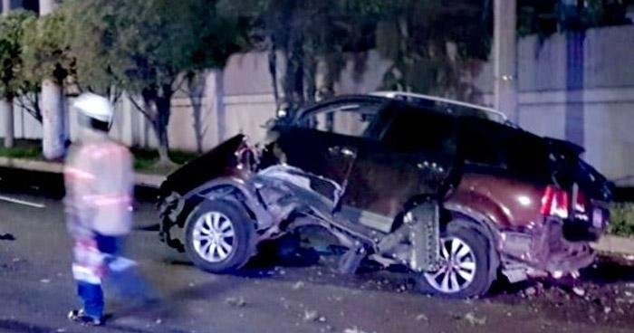 Sobrevivieron de milagro tras aparatoso choque en Bulevar Orden de Malta