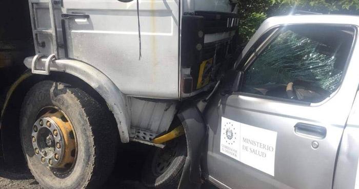 Muere motorista de la unidad de salud tras choque en carretera Troncal del Norte