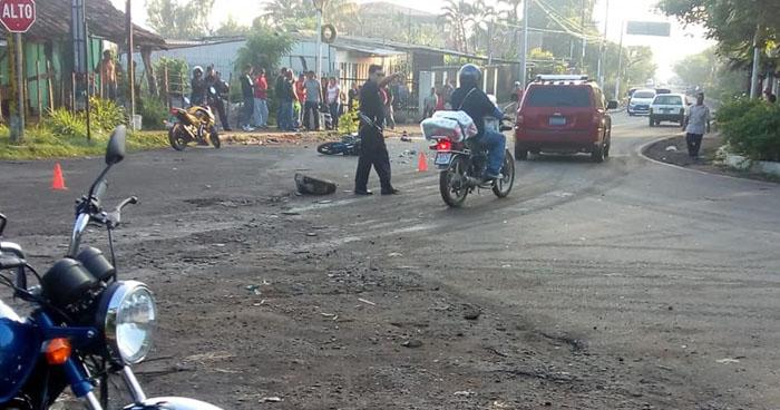 Un muerto y un lesionado tras choque en carretera de Santa Ana