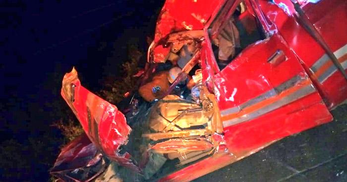 Muere automovilista al chocar contra una vaca en Tecoluca, San Vicente