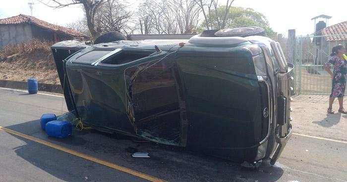 Tres lesionados en triple choque en carretera de Santa Rosa de Lima, La Unión