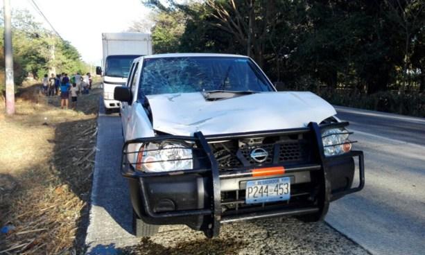 Ciclista muere tras ser embestido por un vehículo en carretera Litoral, San Vicente