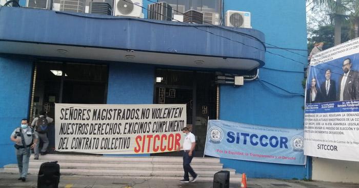 Interponen aviso contra sindicato de la Corte de Cuentas ante la FGR