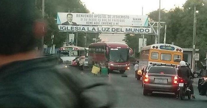 Cierran carretera Panamericana por falta de agua