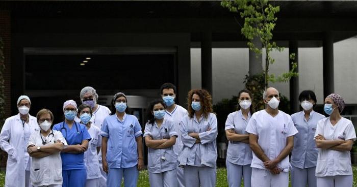 España registra menos de 100 fallecidos por COVID-19 por tercer día consecutivo