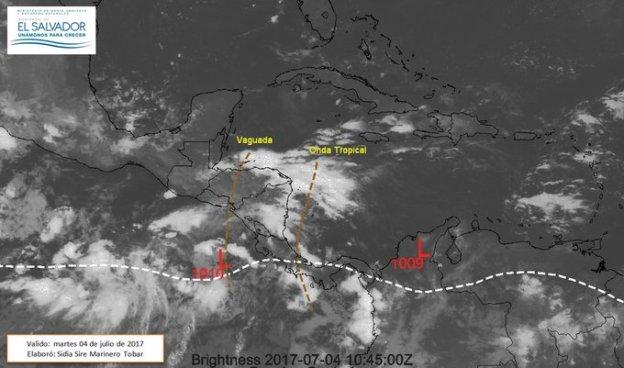 Desplazamiento de Vaguada, favorecerá tormentas y chubascos para la tarde y noche