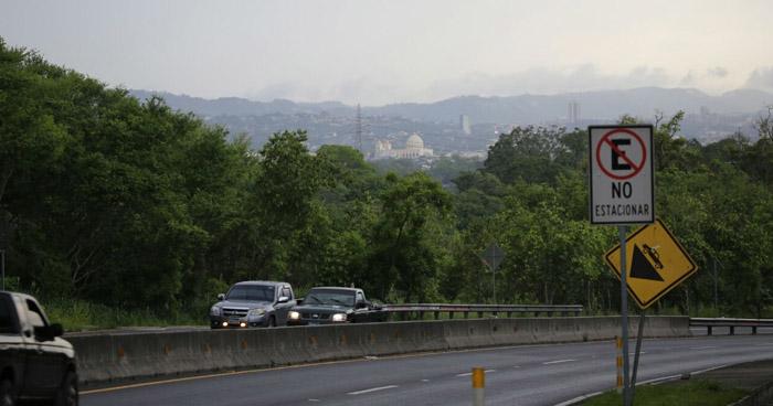 Acercamiento de una vaguada al norte de Centroamérica permitirá ingreso de humedad sobre El Salvador