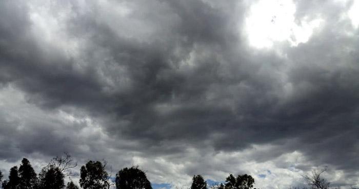 Un sistema de Vaguada se desplaza sobre el territorio con moderado contenido de humedad