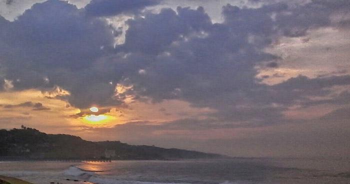 Abundante nubosidad, tormentas y lluvia de forma dispersa durante la tarde y noche