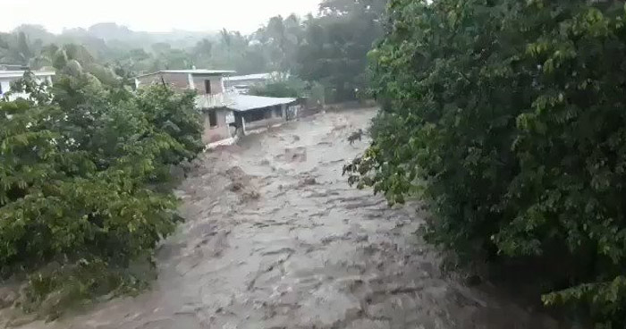 Emiten ADVERTENCIA por Sistema de Baja Presión frente a la costa salvadoreña