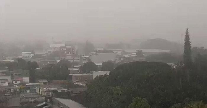 Probabilidad de lluvias leves con énfasis en la zona oriental del país