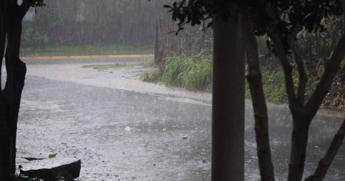 Probabilidad de lluvias leves para esta tarde y noche con énfasis en la franja norte del país