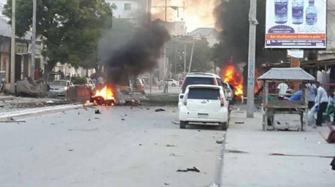 Coche bomba deja al menos 7 fallecidos en la capital de Somalia
