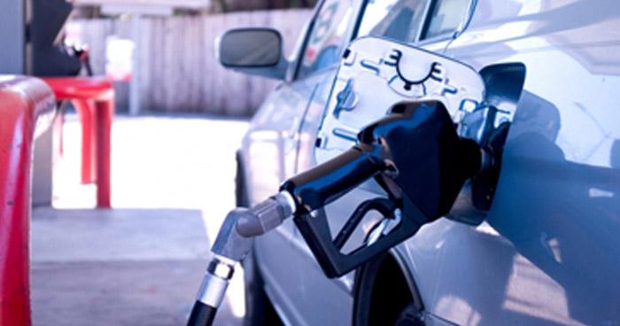 Alzas y bajas en precios para los combustibles a partir de mañana