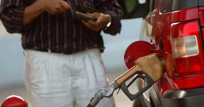 Gasolina y Diesel subirán de precio a partir de este Martes