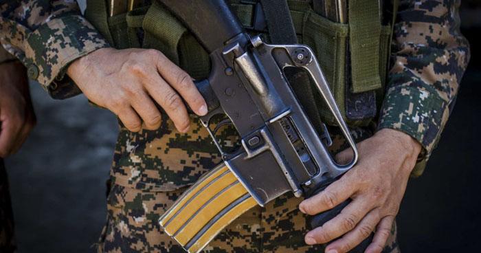 Soldado ebrio y armado amenazaba a pobladores de La Unión