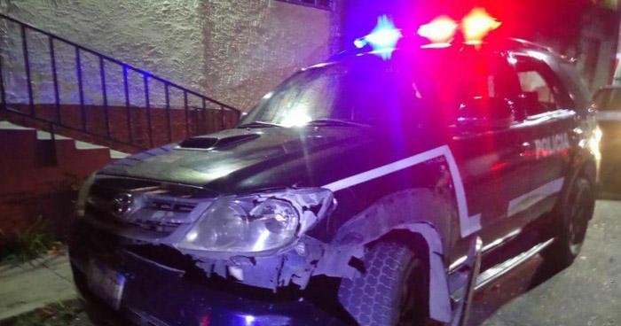 Motociclista ebrio fue capturado tras chocar con una patrulla policial en Mejicanos