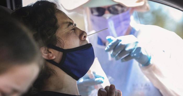EE.UU. registra nuevo récord de contagios en un día