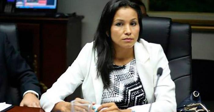 Cristina López revela corrupción en el PCN
