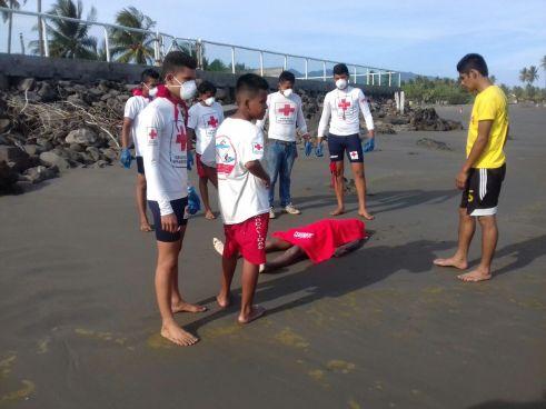 Cadáver de joven ahogado es encontrado en la playa El Espino