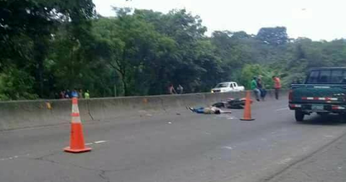 Motociclista fallecido tras accidente en carretera de Sonsonate